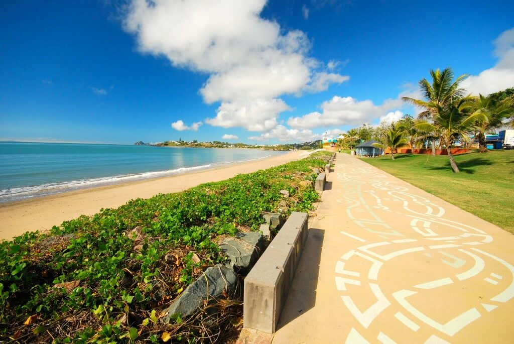 Yeppoon main beach activities
