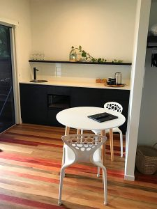 Pandanus Kitchenette